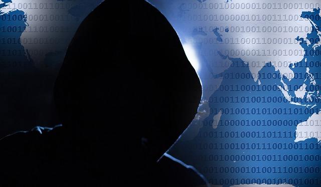 インターネットハッカーの影